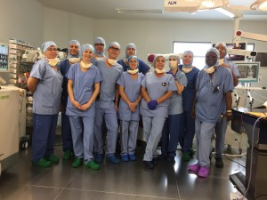CHU-Amiens-Picardie_Premiere-Mondiale-Chirurgie-Scoliose-Grave-Simulation-Les-Equipes-au-bloc-28sept2017