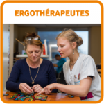 Etudiants bouton ergotherapeutes IFE